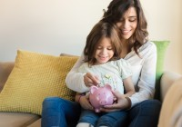 mom-and-daughter-saving-money--jolopes